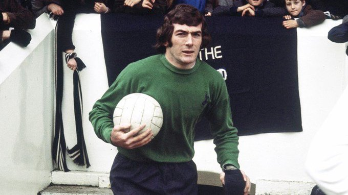 Happy 73rd Birthday to the legend Pat Jennings!