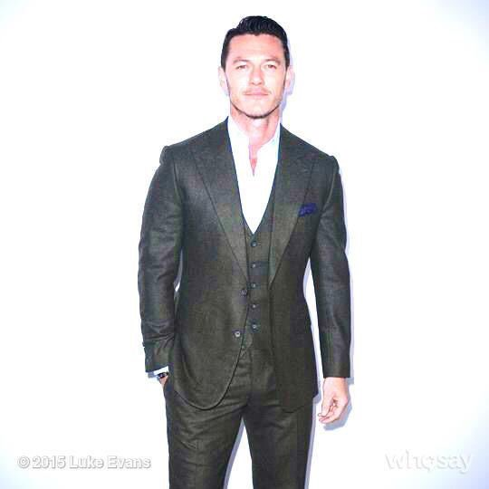 And we swoon when he dresses up in suit with or without tie 😍😍😍 We know he cares a lot about fashion and it shows and we are forever grateful ❤️ #LukeEvans #Luketeers