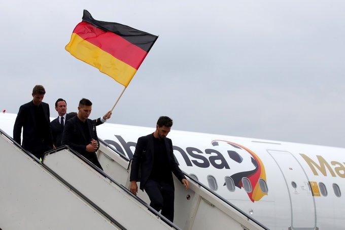 🏆 Der amtierende Weltmeister ist da! 🙌🏻 Willkommen, @DFB_Team! #GER #WM2018 Foto