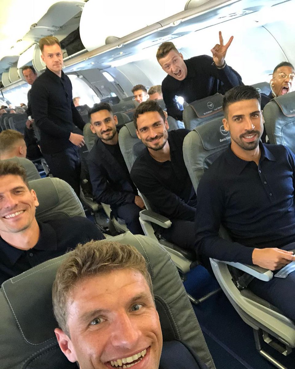 Boys on tour... Let´s go to Watutinki!  #happy #ZSMMN #WM2018 #DieMannschaft #ReDefiningSuccess #BestNeverRest https://t.co/aG3ftopV7u