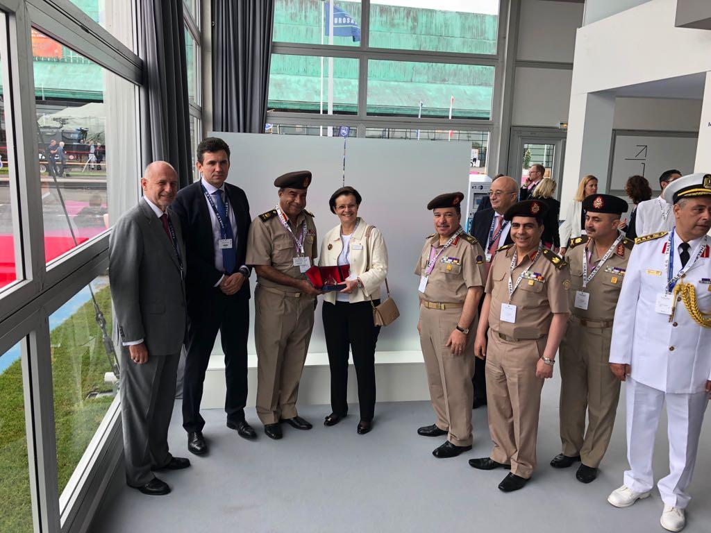 افتتاح معرض  Eurosatory 2018 الدولي للدفاع والأمن بباريس DffULBDW0AA9RRr