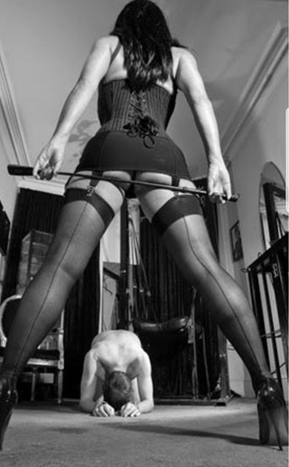 Фото кончил женщина доминирует фото галереи необычных