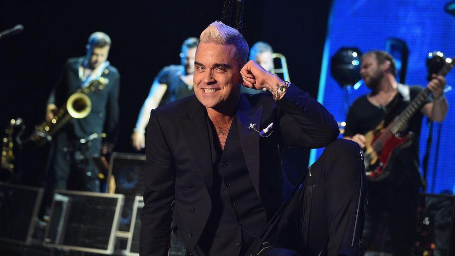 Robbie williams akan nyanyi di acara pembukaan piala dunia 2018 via robbie williams akan nyanyi di acara pembukaan piala dunia 2018 via detiksport stopboris Choice Image
