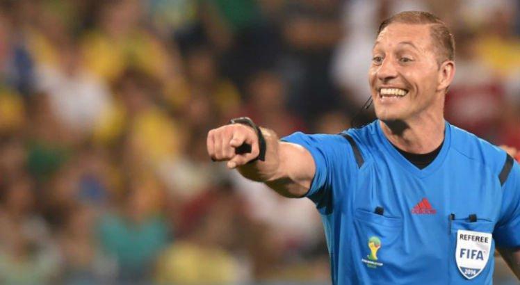 Resultado de imagem para árbitro argentino Néstor Pitana