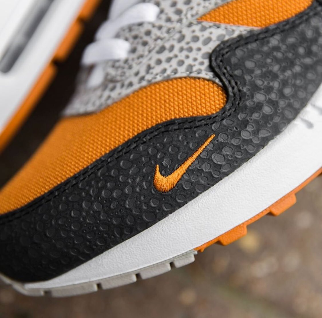 size exclusive nike air max 1