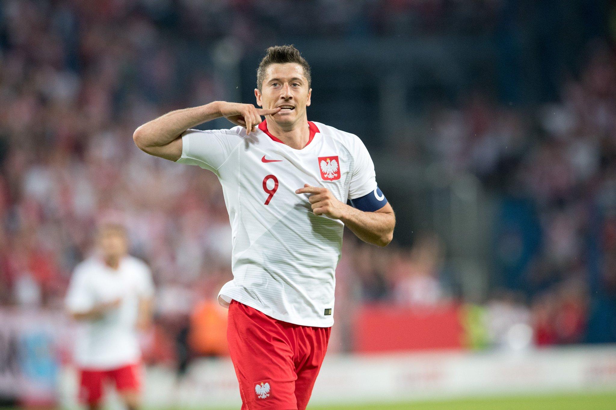 เลวานเบิ้ล!! โปแลนด์ กะซวกลิธัวเนียยับ 4-0