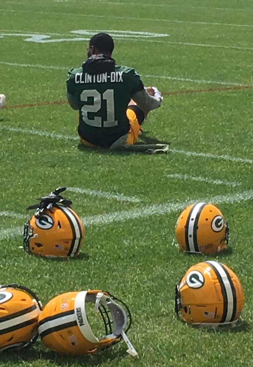 Taking attendance, per Mike McCarthy's instructions. #Packers S Ha Ha Clinton-Dix is present at mandatory minicamp.