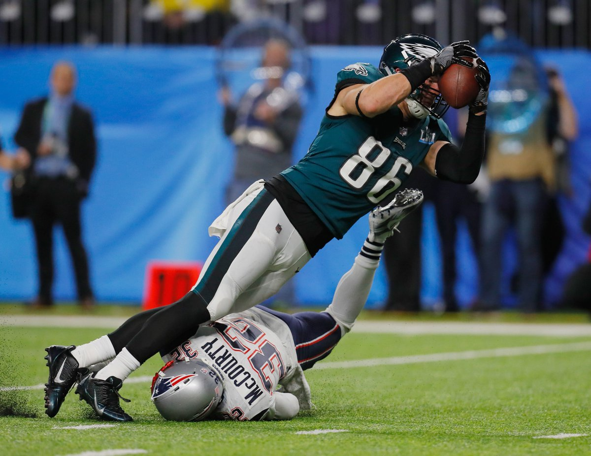 fd48f8184fe2 ... Super Bowl Champion @Eagles kick off the NFL season, today seems like a  good day to remind everyone about @ZERTZ_86's epic touchdown catch in Super  Bowl ...