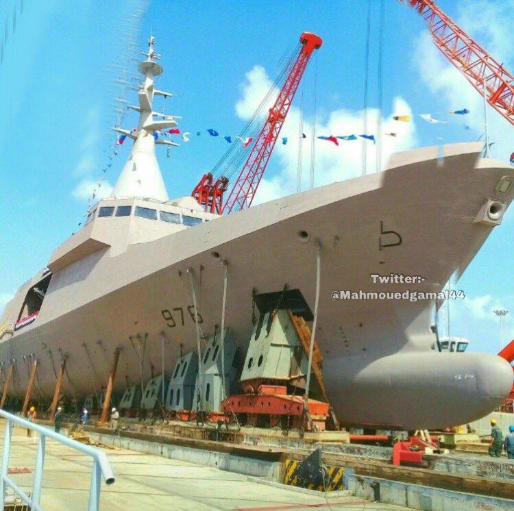 كورفيتات Gowind 2500 لصالح البحرية المصرية  - صفحة 2 Dfgc8PFW0AA9NS_