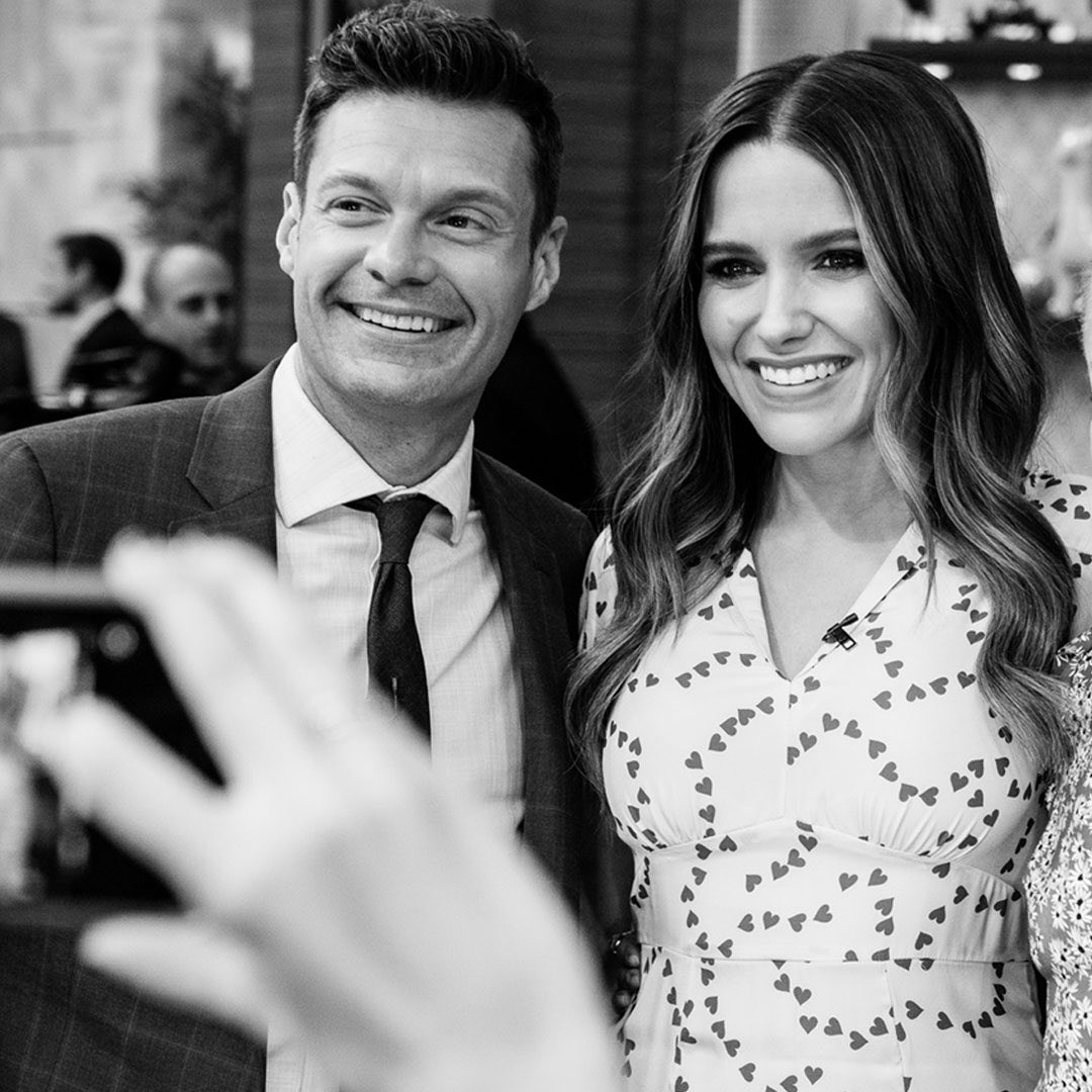 .@SophiaBush, @Renner4Real, and a virtual trip to SF. A Tuesday morning well spent #kellyandryan