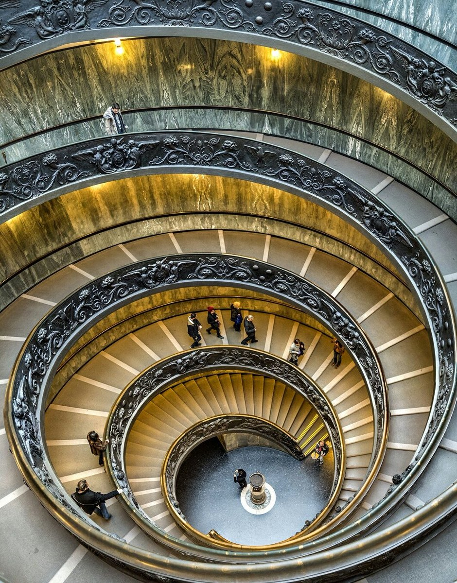 #DidYouKnow? That #VaticanMuseums' spiral staircase is the most photographed in the world! It was designed by Giuseppe Momo in 1932 and its also known like a symbol of #DNA which ironically at that time was yet to be discovered #dcqitalia #Rome #Italy #Italia #Vatican #Vaticano
