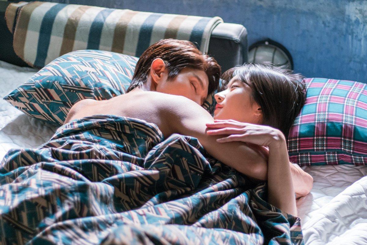 Ooooh, #SeoYeJi and #LeeJoonGis relationship just keeps escalating in #LawlessLawyer. Watch their romance on Viki: bit.ly/LawlessLawyerTW