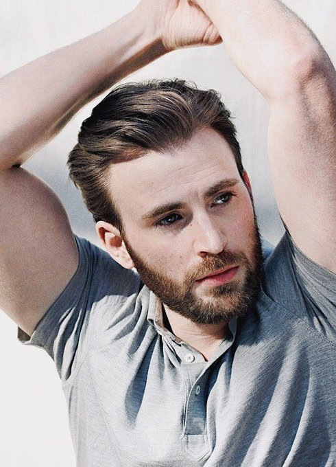 Happy 37th birthday to chris evans!! thank you for portraying a hero not only in the mcu, but in our world as well
