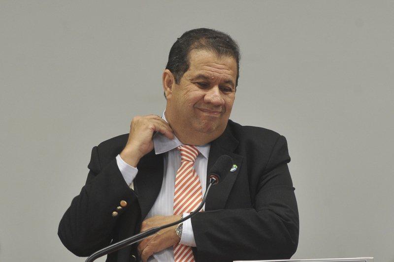 Corrida presidencial | Josias: Delatado, Lupi suja 'hegemonia moral' de Ciro https://t.co/thuflsNmlK