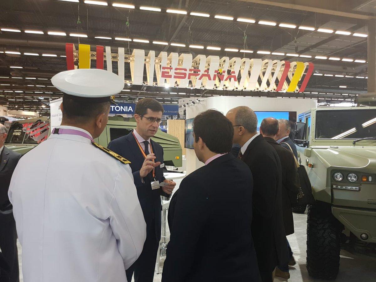 افتتاح معرض  Eurosatory 2018 الدولي للدفاع والأمن بباريس DfjaCP7XUAA9n38