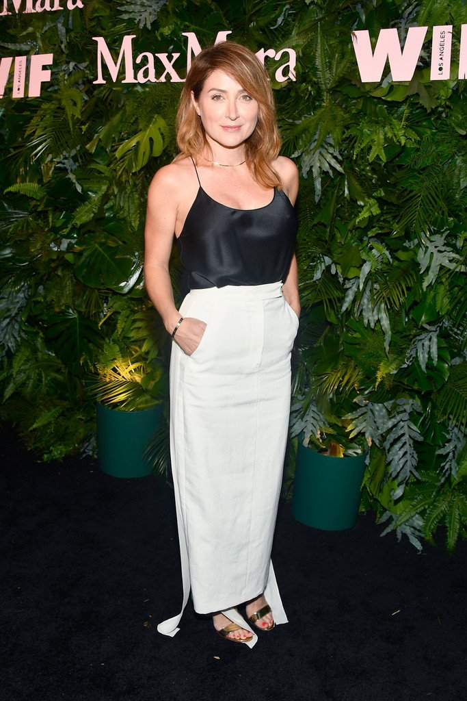 [NEW HQ] @SashaAlexander attends Max Mara WIF Face Of The Future. How gorgeous. �� https://t.co/M01Rmyy4Dm