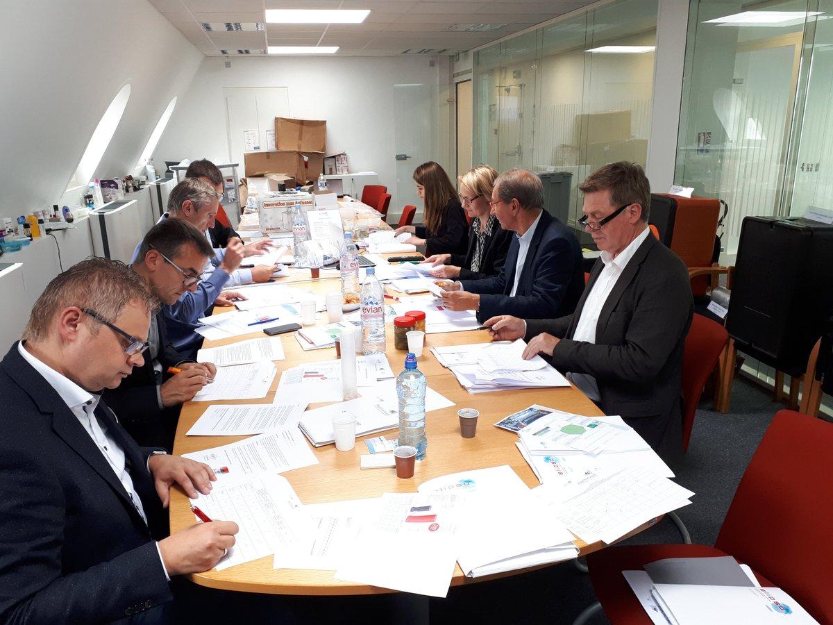 #packthefuture concours européen de lemballage plastique @Elipsoemballage @IK_Verband on tenu leur pre jury ce jour en pré selectionnant un certain nombre dinnovations pour notre Grand Jury qui se tiendra le 27 juin. #innovation #Packaging