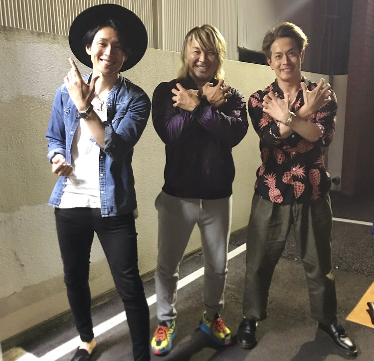 ジムで夜練。帰りに #仮面ライダーギルス の友井雄亮さんとばったり会う。テンションMAX!あとから #ハリケンジャー #カブトライジャー の白川裕二郎さんも来た!写真撮ってもらった♪ありがとうございます☆ #純烈