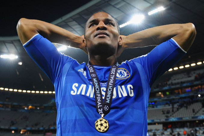 Happy Birthday to former Chelsea winger Florent Malouda!