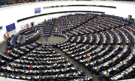 Emergenza #migranti: il Parlamento europeo ne sta discutendo in seduta plenaria, a #Strasburgo #UE  - Ukustom