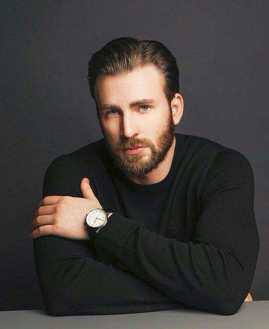 Happy birthday Chris Evans stay daddy i love u