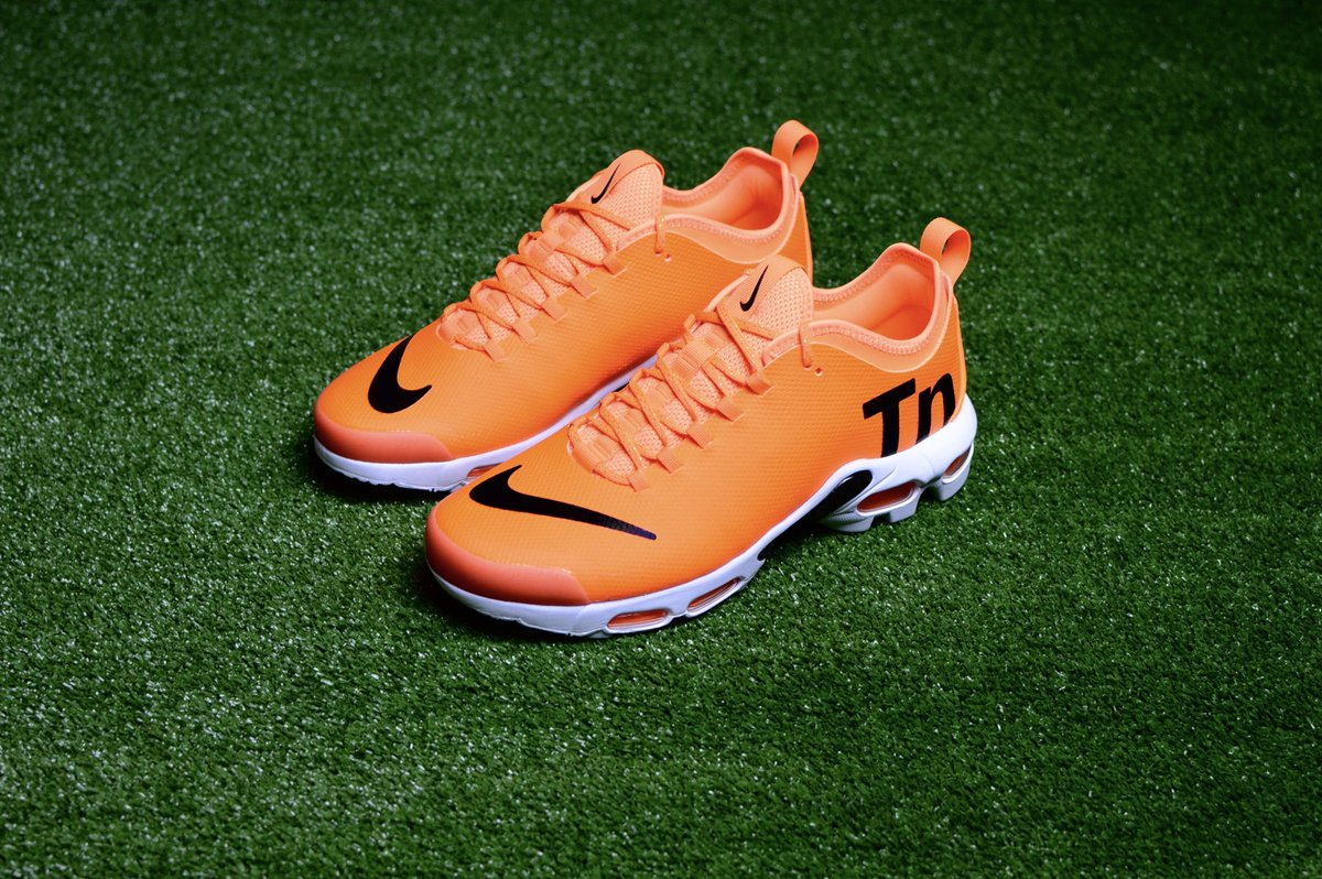 ad1311853 Nike Air Max Plus TN Se Ultra Mercurial . Available in store & online . TN  : https://noirfonce.eu/products/nike-air-max-plus-tn-ultra-se-orange-aq0242- 800 … ...