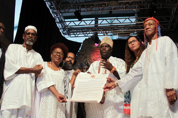 Bahia é declarada Capital Iorubana das Américas por rei nigeriano #geledes https://t.co/ZU4C6epkL2