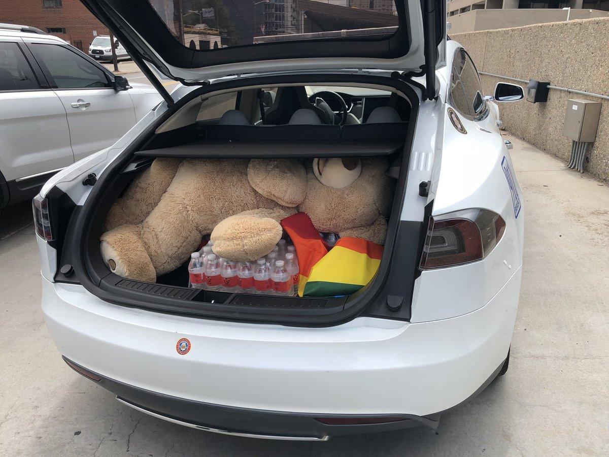Tesla : Tesla road wondered trunk giant teddy bear rainbow