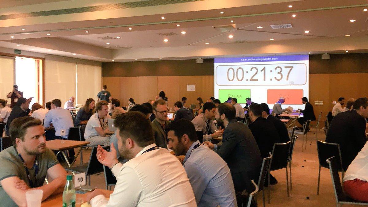 ¡Que gran día hoy en el #Digital1to1 en Barcelona! Nuestras reuniones fueron muy productivas ¡Esperando el segundo día! #marketing #networking #engagingpeople https://t.co/adDLwAtP6s