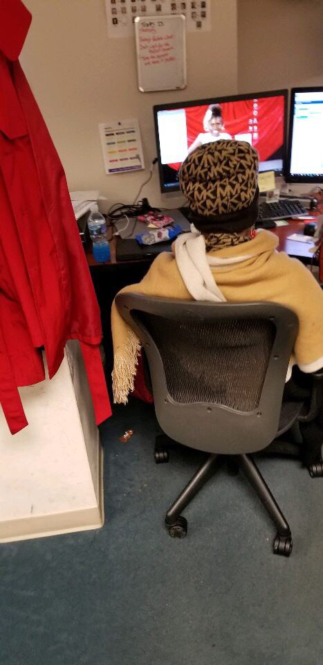 🗣Somebody come get this lady!!! It's 78 degrees in the office and the AC is OFF!!! Smfh 🤷🏾♂️🤦🏾♂️#AlwaysDoinTheMost