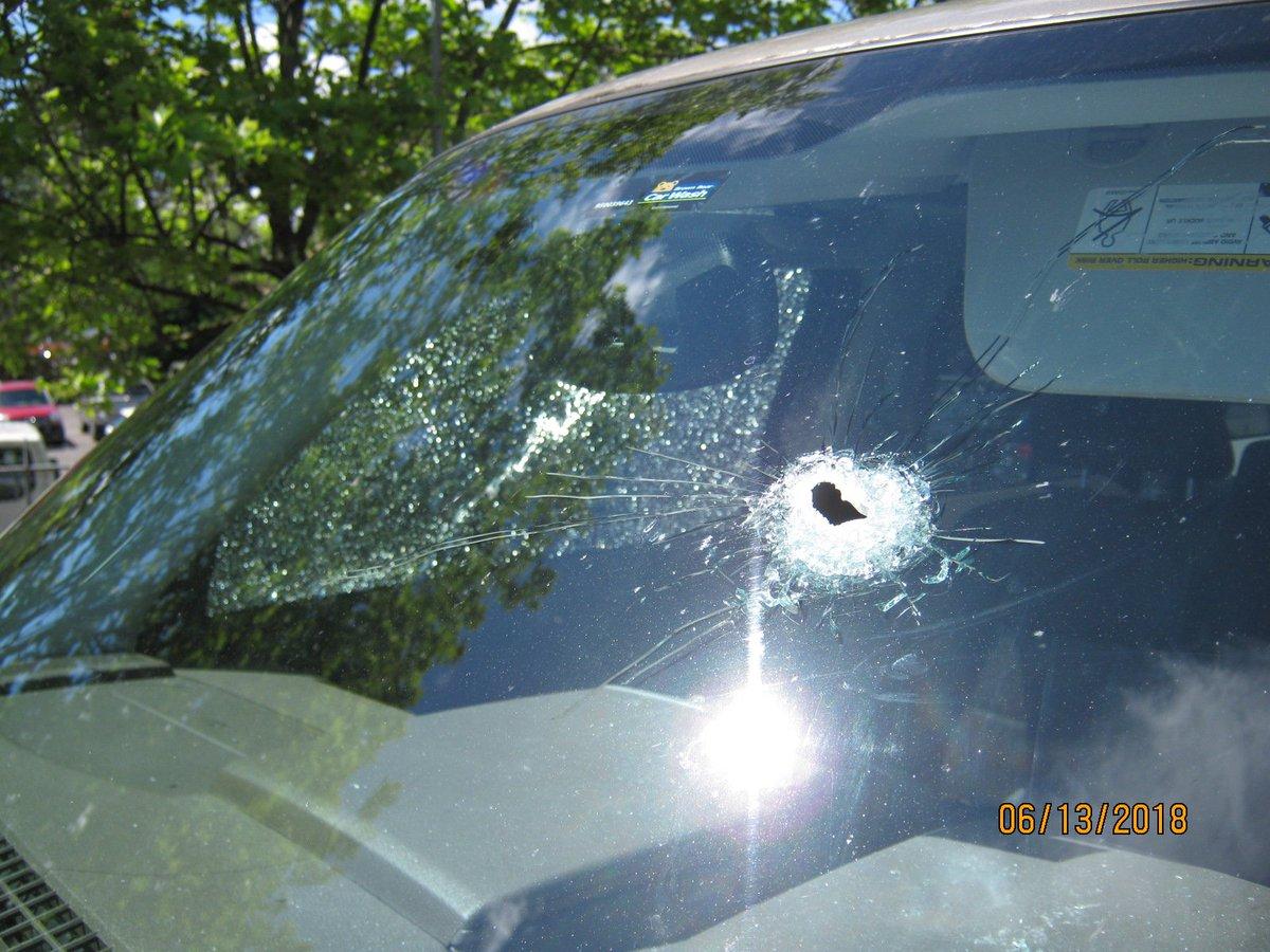 Gunfire strikes cars on highway in Washington state
