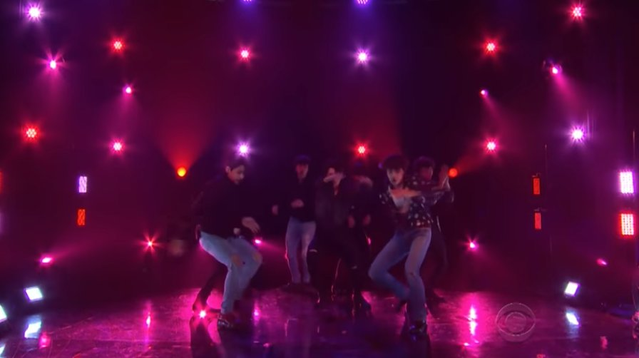Watch BTS' dramatic performance of 'Fake Love' on #LateLateShow https://t.co/ba9Lr0jYdd https://t.co/tK9sXI2NI2