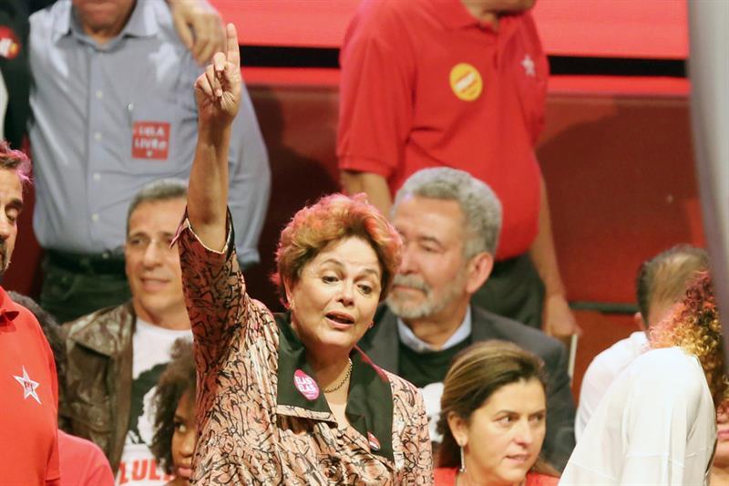 #LulaLivre 🇧🇷 | @dilmabr : Lula es el único camino democrático de Brasil https://t.co/MzHCAhjRIO