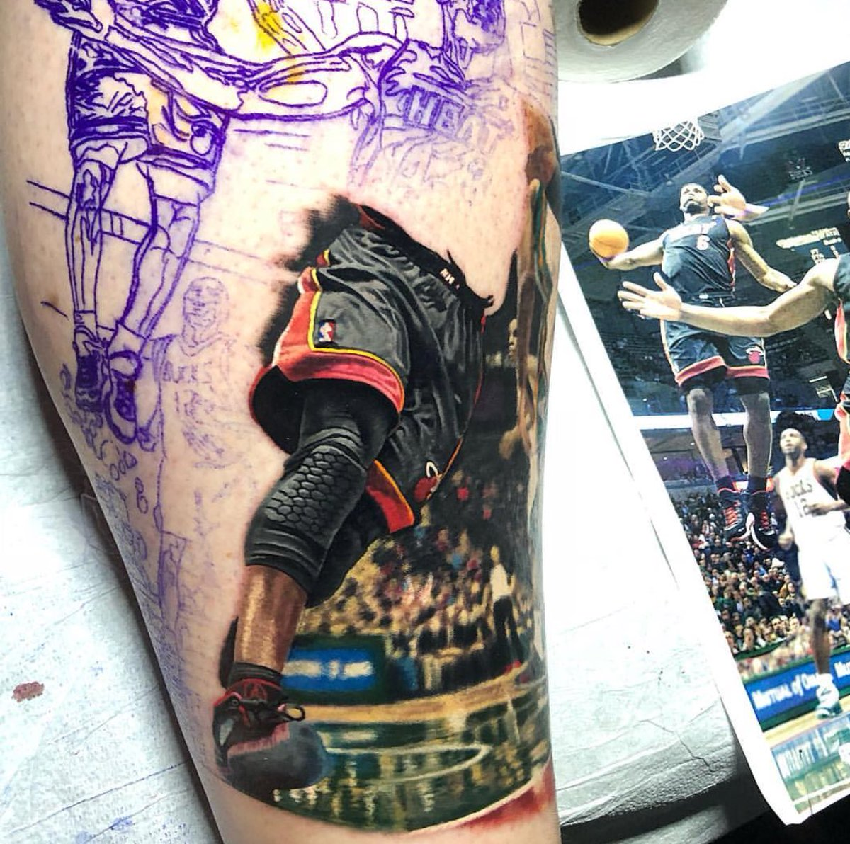 Tattoo artist Steve Butcher has been commissioned to tattoo the famous @KingJames &  dun@DwyaneWadek photo. Here's his work so far.