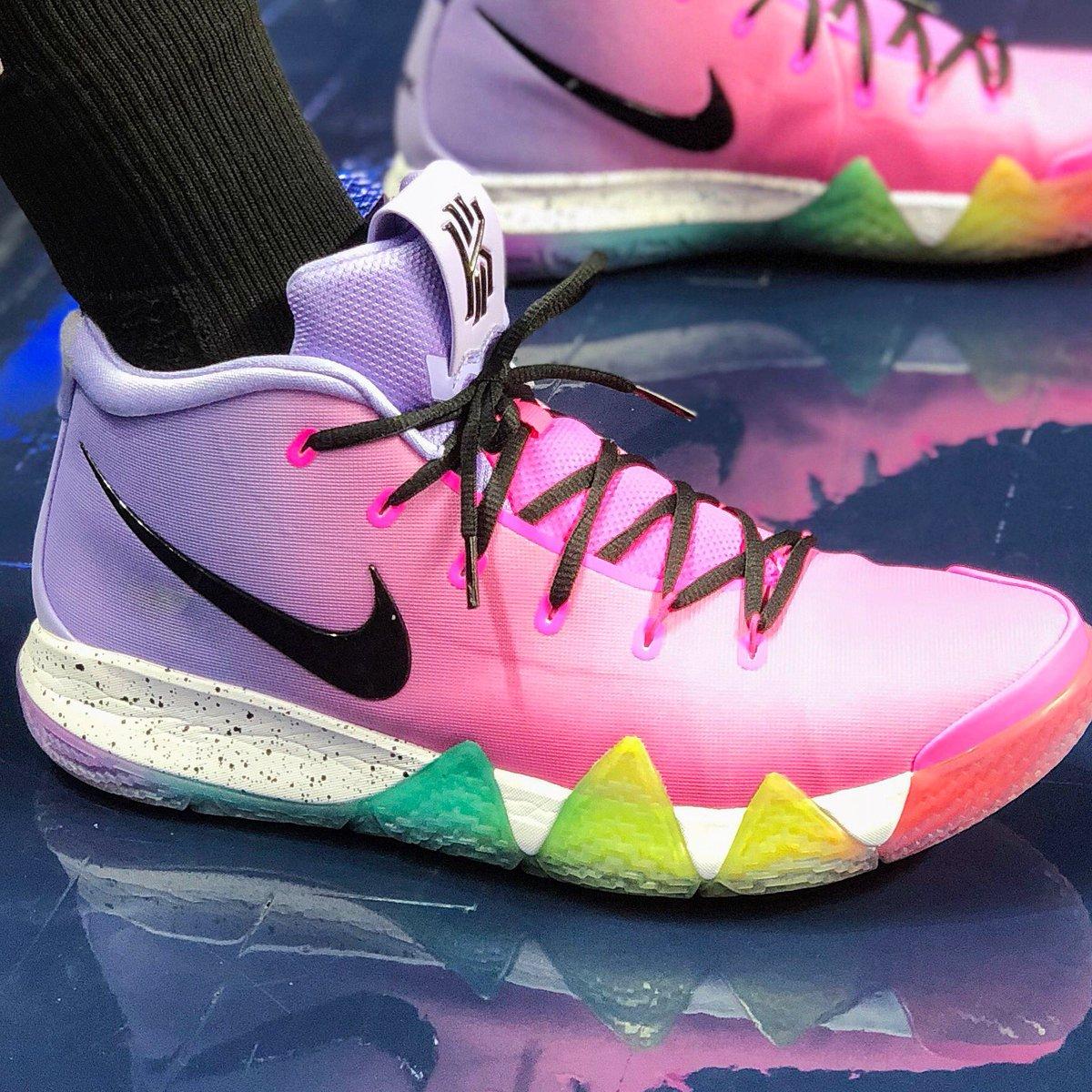 .@jus242's #WNBAKicks for tonight's @connecticutsun action! (7:00pm/et ESPN 2)