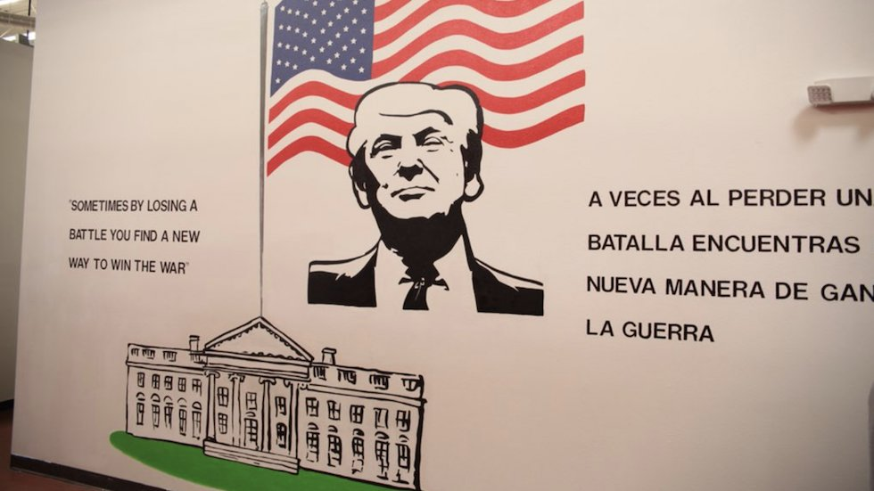 Mural of Trump featured in detention center for immigrant children https://t.co/ERNMKYwYHy https://t.co/8iNZxflscA