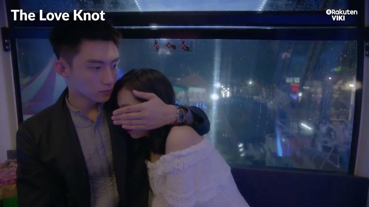 #JohnnyHuang and #VictoriaSong are the picture perfect Valentines couple and we love it! Watch #TheLoveKnot on Viki: bit.ly/TheLoveKnotTW