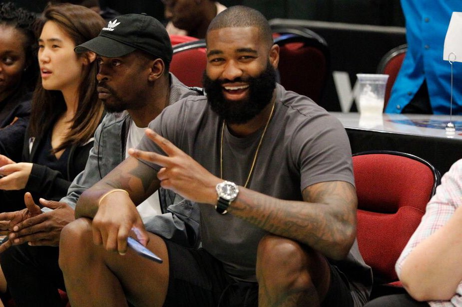 Our guy @Kyle_OQuinn showing some 💚 at the @nyliberty game ✌️