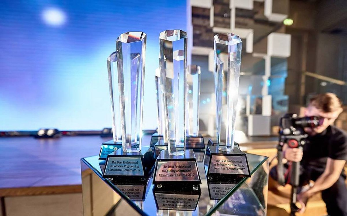 #Itawards Latest News Trends Updates Images - IT_Outsource_UA