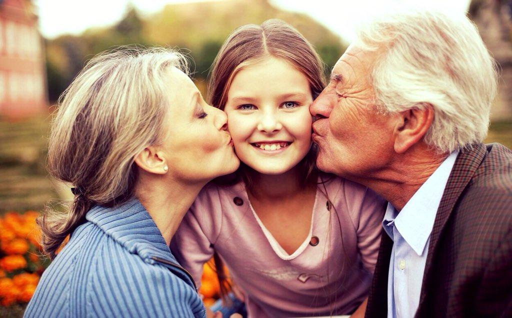 Картинки бабушки с внуками, гугле красивые