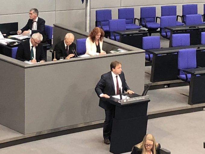 Wir haben Verbesserungsvorschläge der Anhörung und des Bundesrates in die #Musterfeststellungsklage eingebaut - wie die erleichterte Anmeldung und den verkürzten Instanzenzug und ein sehr gutes Gesetz auf den Weg gebracht, sagt @SteinekeCDU von der @cducsubt. Foto