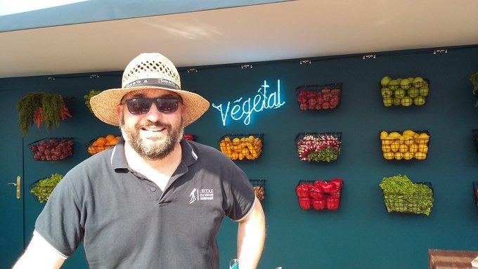 Au pavillon @VinsdeBordeaux vous avez différentes activités ludiques telles que dégustation en pleine conscience, accord mets/vins, un bar végétal. .. #bfv2018 Photo