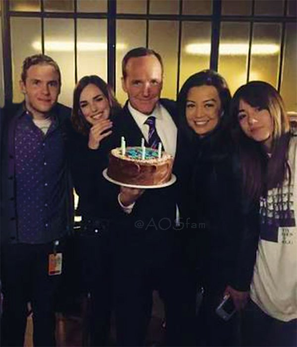 Since Father's Day is coming..  Here's my fave family. 😊  THE DAD.  Here's his wife and their kids, celebrating him. 😊  P.S. Sorry Hunter, I removed you from this picture, but I still love you! 😆  #Philinda Fam Bam #FitzSkimmons #BusKids #AgentsofSHIELD