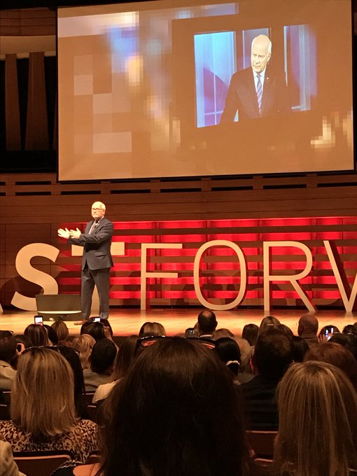 Talking about all of us as Canadians with Peter Mansbridge at #fastforward #goremutual Photo