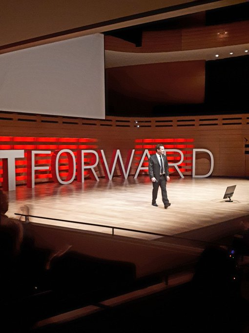 Rick Mercer signing off and thanking the crowd at #Fastforward #GoreMutual we thank @RickMercer for sharing today. Photo