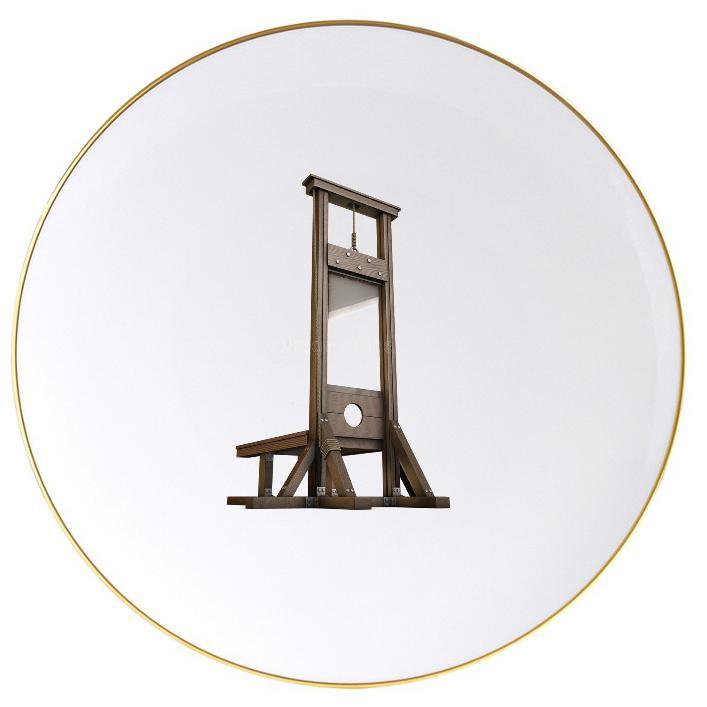 #PourResponsabiliserLesPauvres investissons tous dans une nouvelle guillotine pour le #MonarquePresidentiel #Macron 1er et son #Medef  - FestivalFocus