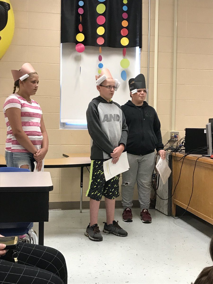 Readers' Theater in the house for our PK friends! #fmsteach #FlagDay2018 #leadlap #fultonproud