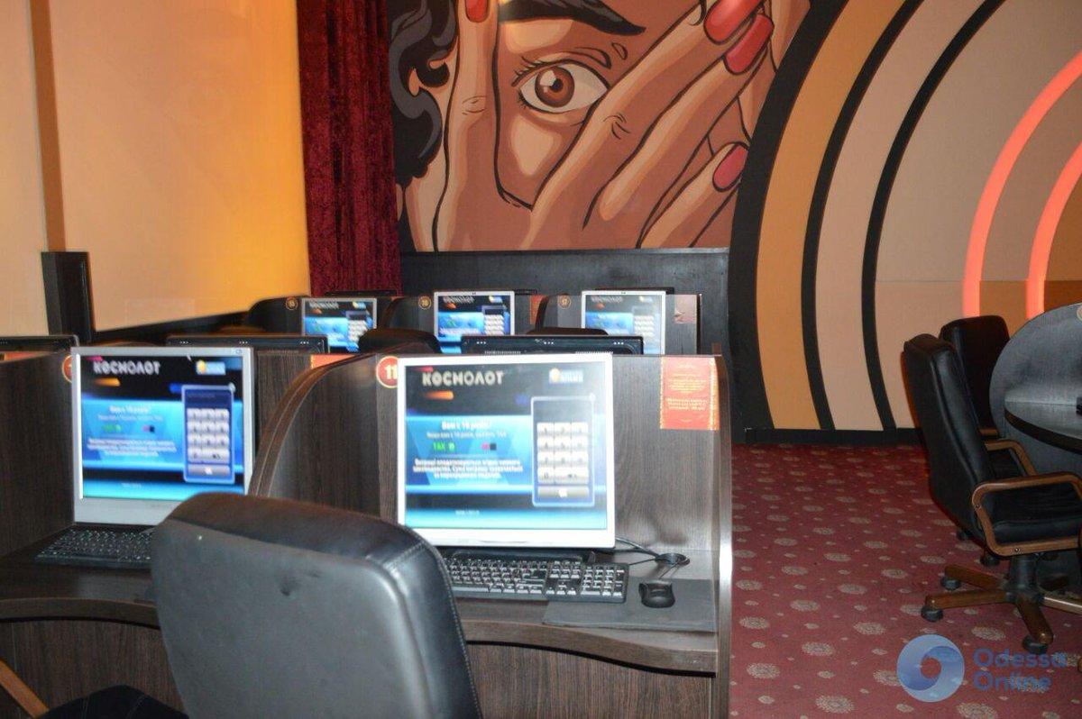 Игра он-лайн зарабртк не казино