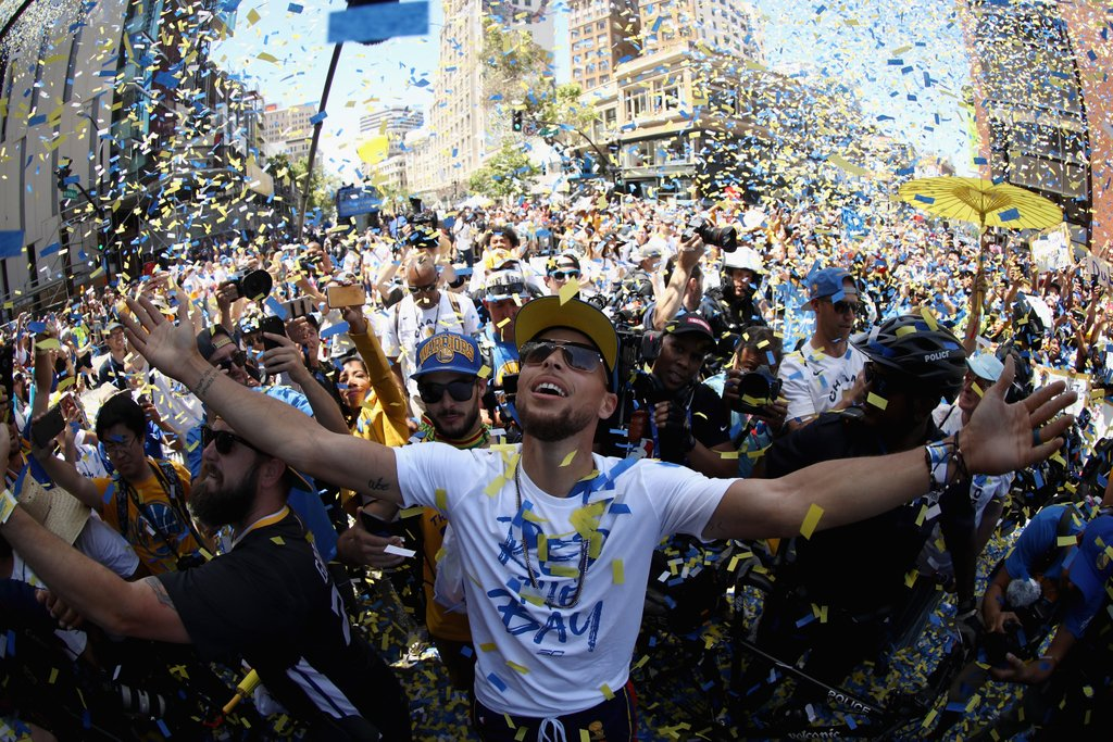 #StrengthInNumbers was on full display at the #WarriorsParade ���� » https://t.co/ItdFtiYxyD https://t.co/xtEL8hOJJl