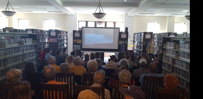 A HUGE thank you to the Woodstock Library & the wonderful people that came out last night to my storm chasing program. What a fantastic crowd, full of great energy & enthusiasm. It was a new record for me with 80+ people there. I look forward to being back in the future. #onstorm Photo